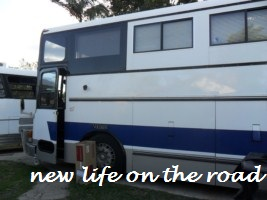 meeting another couple with their Motorhome