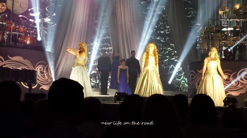 Celtic Woman and Band