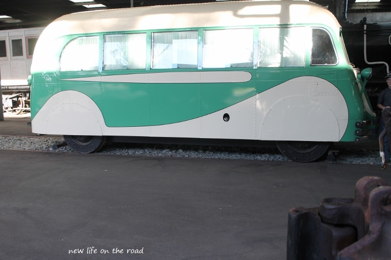 Kombi Van Train