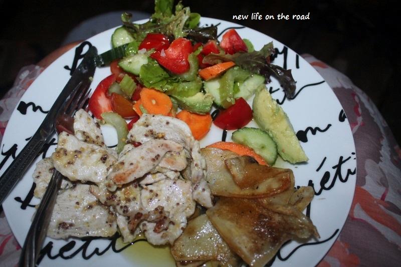 Chicken and Salad Dinner Summer Days