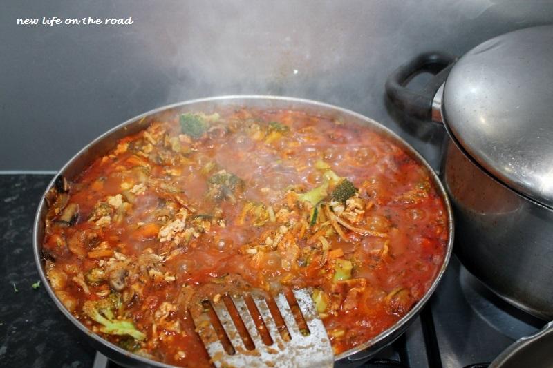 Cooking Spaghetti Bolognaise