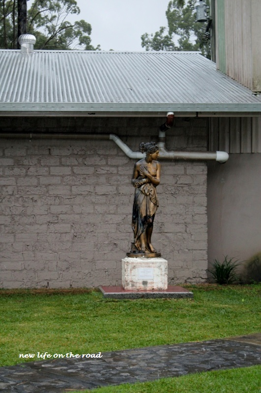 Statue at New Italy